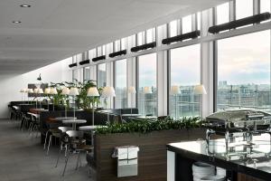 A restaurant or other place to eat at Wakeup Copenhagen - Bernstorffsgade