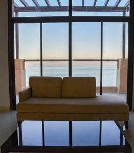 A seating area at Brand New Luxury 5 Bedroom Villa with Sea View