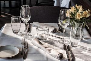 Een restaurant of ander eetgelegenheid bij Hotel ten Cate Emmen