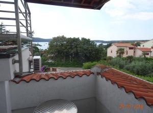 Ein Balkon oder eine Terrasse in der Unterkunft Apartment Casa Bianca