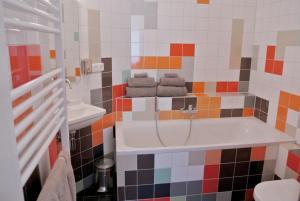 A bathroom at Bea & Blue