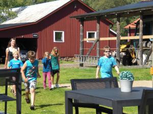 A family staying at Johannisholm Adventure