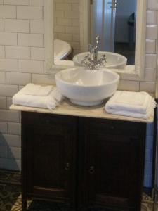 A bathroom at De Hartelust
