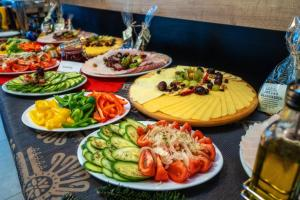 Lunch and/or dinner options available to guests at Hotel Korona Tatr