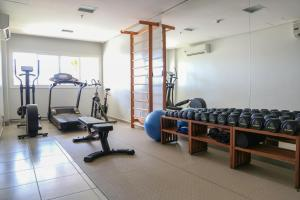 The fitness centre and/or fitness facilities at Hotel Ponta Verde Praia do Francês