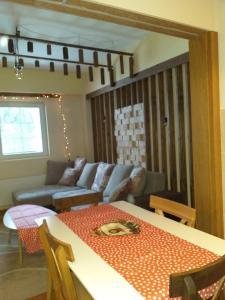 Area soggiorno di Suncani apartman 26