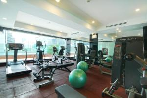 The fitness center and/or fitness facilities at Amora NeoLuxe Suites Hotel
