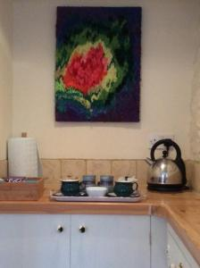A kitchen or kitchenette at Wheelwrights