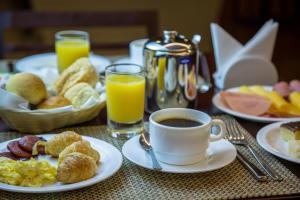 Opciones de desayuno disponibles en Intercity Manaus