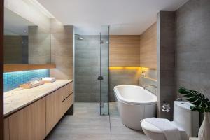 A bathroom at Nap Patong