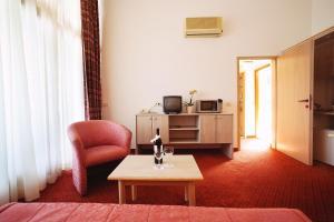 A seating area at Apartments Vila Barka