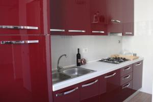 A kitchen or kitchenette at B&B Mazzini