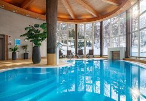 Der Swimmingpool an oder in der Nähe von Hotel Bon Alpina