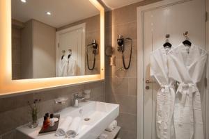 Ванная комната в Fontana Hotel & Gastronomy