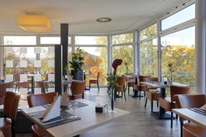 A restaurant or other place to eat at Parkhotel CUP VITALIS