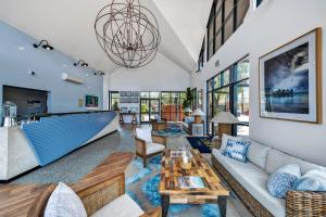 A seating area at The Sebel Busselton