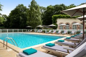 Piscine de l'établissement Domaine des Hauts de Loire ou située à proximité