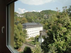 Blick auf Haus St. Josef aus der Vogelperspektive