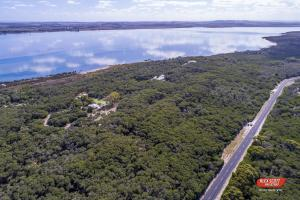 A bird's-eye view of Melaleuca Retreat