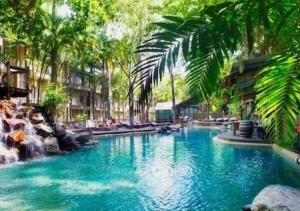 The swimming pool at or near Sonia's At Ramada Resort Free Wifi & 2 Push Bikes