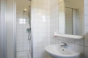 Ein Badezimmer in der Unterkunft Happy Bed Hostel