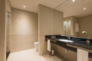 A bathroom at Vila Gale Sintra