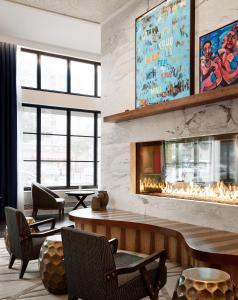 The lounge or bar area at Sophy Hyde Park