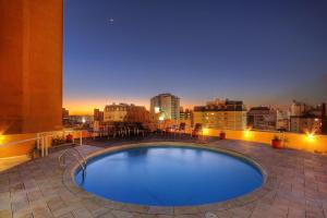 The swimming pool at or near Bristol Brasil 500 Hotel