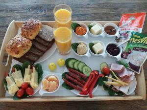 Opcje śniadaniowe w obiekcie Taras Na Fali Apartments