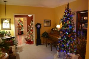The lobby or reception area at Annville Inn Bed & Breakfast