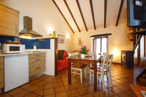 A cozinha ou cozinha compacta de El Bulin de Robregordo