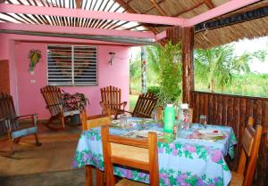 A restaurant or other place to eat at Villa Nena y Osiel