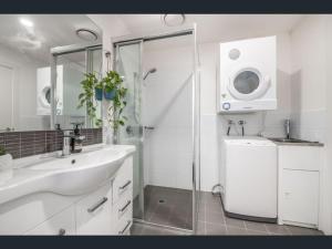 A bathroom at Arvia Newcastle