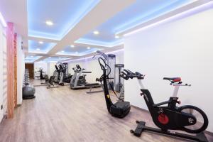 Hotel Balmoral tesisinde fitness merkezi ve/veya fitness olanakları