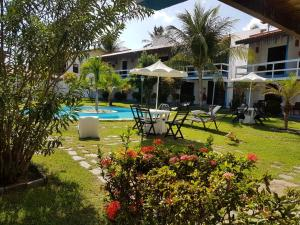 The swimming pool at or close to Hotel Cumbuco Praia