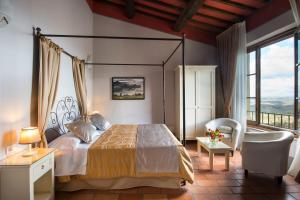 A bed or beds in a room at Leon Bianco