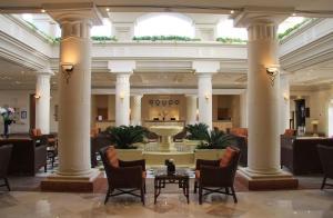 Een restaurant of ander eetgelegenheid bij Royal Grand Sharm Resort