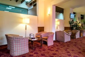 A seating area at Platinum Hotel and Casino Bansko
