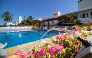 The swimming pool at or near Lago y Mar Apartamentos