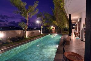 The swimming pool at or near Grandpa Resort