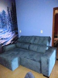 A seating area at Casa super confortável.
