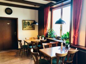 Ein Restaurant oder anderes Speiselokal in der Unterkunft Spreewaldhof