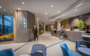 The lobby or reception area at Maldron Hotel Newcastle