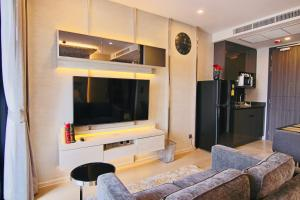 A television and/or entertainment center at Luxurious & Romantic in the Heart of BKK. MRT/BTS!