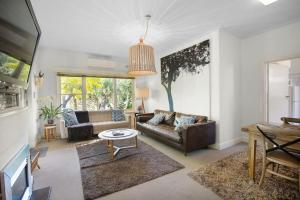 A seating area at The Beach House Apartment