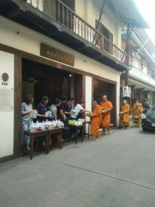 A restaurant or other place to eat at Baan Luang Rajamaitri Historic Inn