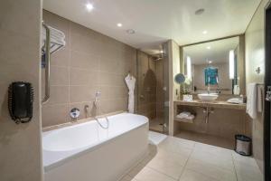حمام في فندق راديسون بلو، أبو ظبي جزيرة ياس