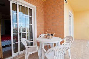 A balcony or terrace at Villas Barrocal