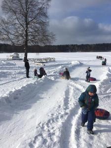 """Baza Otdykha """"Alol'"""" during the winter"""