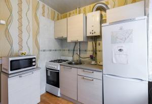 Кухня или мини-кухня в Квартира в самом центре Тулы